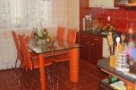 Kuchynský stôl